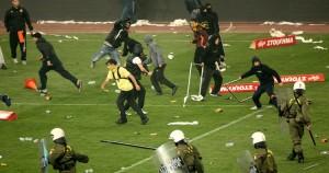 Βία στα γήπεδα
