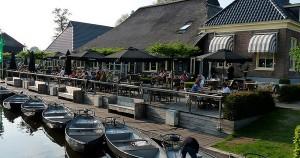 H ζωή στο Giethoorn κινείται σε άλλους ρυθμούς