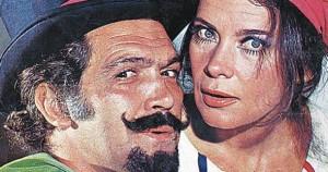 Ο Κώστας Καζάκος και η Τζένη Καρέζη στο θεατρικό του Ι. Καμπανέλλη του 1973