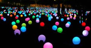 9.000 πολύχρωμα φώτα άναψαν στη Ρώμη