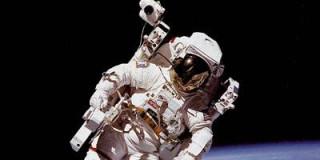 Aστροναύτης