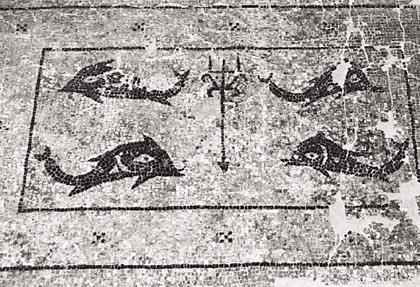 Ψηφιδωτό από το Ναό του Ποσειδώνος στα Βάτσα (6ος αιώνας π.χ)