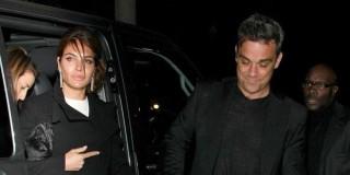 Έγινε μπαμπάς ο Robbie Williams