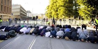Ειρηνικές διαμαρτυρίες Μουσουλμάνων στην Ευρώπη