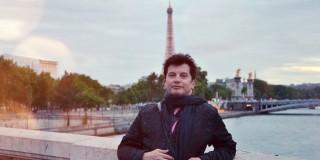 Πενήντα επτά ποιήματα του εικαστικού - λογοτέχνη Κώστα Ευαγγελάτου μεταφράστηκαν στη Γαλλική γλώσσα.