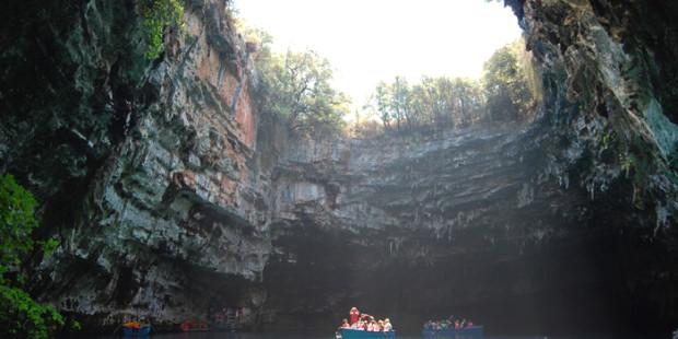 Λιμνοσπήλαιο Μελισσάνη - Ο κρυφός παράδεισος της Ελλάδας