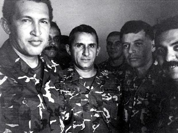 Φώτο από τη σύλληψη του Τσάβες για πραξικόπημα