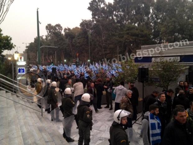 Διαμαρτυρία στο MEGA