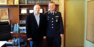 Ο Αντιπεριφερειάρχης Κεφαλονιάς και Ιθάκης κος Σωτήρης Κουρής και ο Αστυνομικός Διευθυντής Α. Αυγέρης