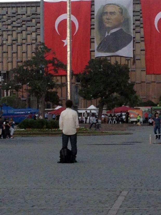 Τούρκος διαδηλωτής