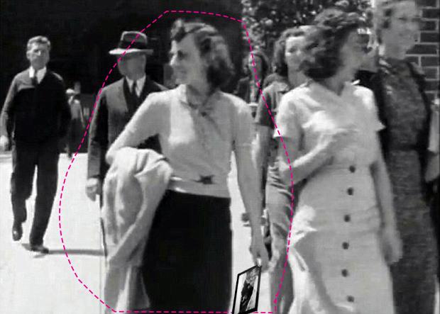 Μυστήριο - Ποια είναι η γυναίκα που εμφανίζεται με Τablet το 1938 ;