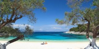 Kimilia beach