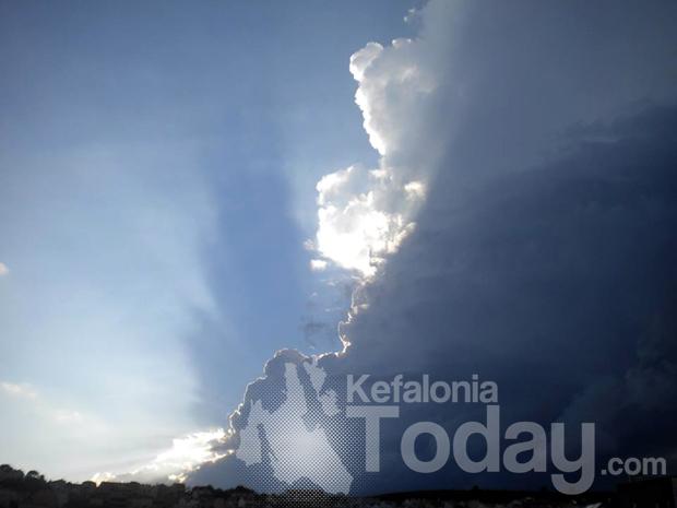 Σύννεφα στο Αργοστόλι