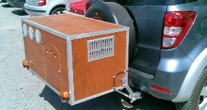 Κυνήγι: πρόστιμο στους κυνηγούς που μεταφέρουν σκυλιά σε κλουβί εκτός αυτοκινήτου