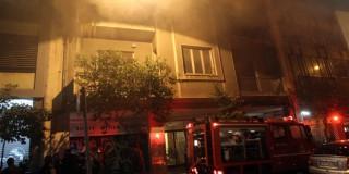 Εκαψαν το πολιτικό γραφείο του Μ. Βαρβιτσιώτη