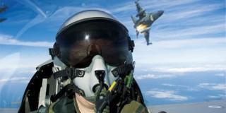Πιλότος μαχητικού