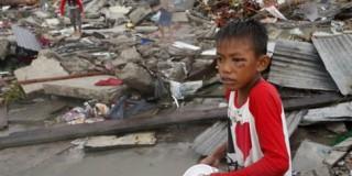 Βιβλικές καταστροφές στις Φιλιππίνες - Στους 10.000 ανέρχονται οι νεκροί