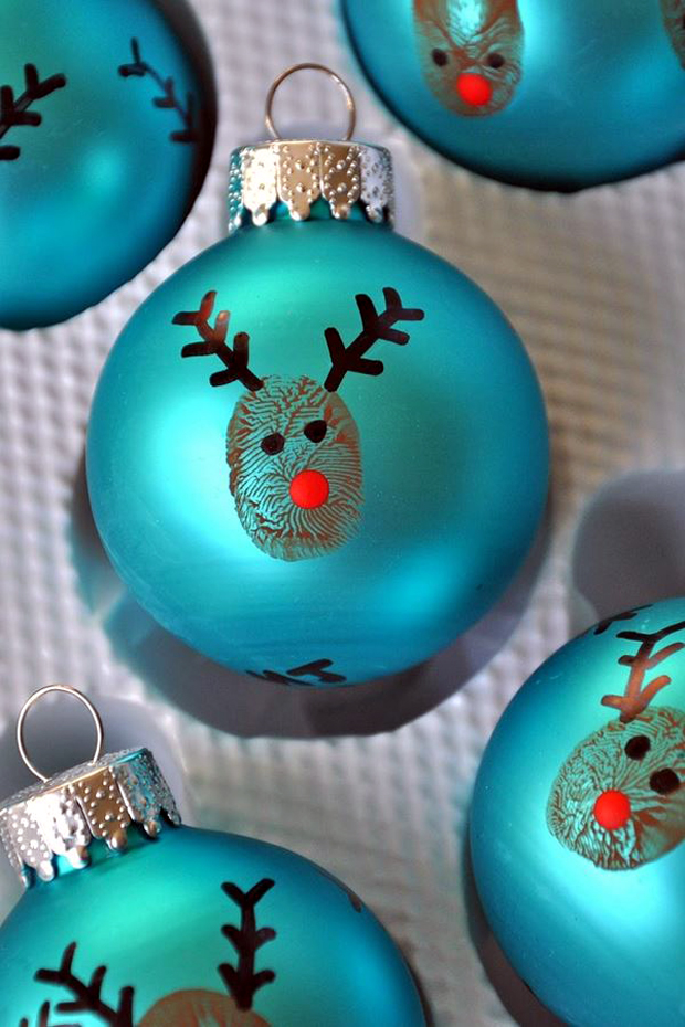 20-minute-crafter-reindeer-thumbprint-ornaments