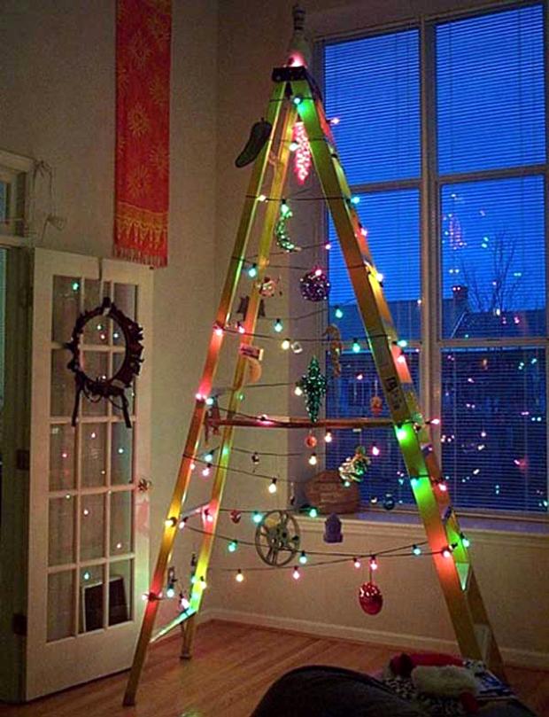 Minimalist-Ladder-Christmas-Tree