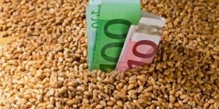 Στις Τράπεζες οι αγρότες για την εξόφληση του τσεκ για το 2013