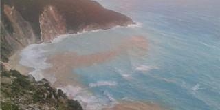 Ο σεισμός της Κεφαλονιάς άλλαξε την παραλία του Μύρτου