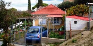 Το σπίτι στον Αγκώνα