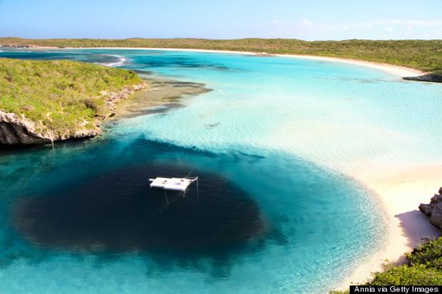 Dean's Blue Hole.Bahamas