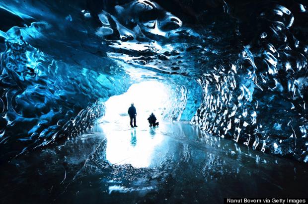 ICE-CAVE-VATNAJOKULL-570