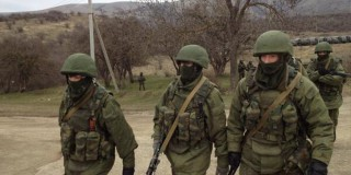 Ρώσοι πολιορκούν βάση Ουκρανών πεζοναυτών