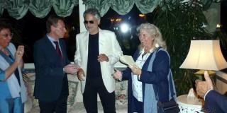 Ο διάσημος Τενόρος Andrea Bocelli συμπαρίσταται στην Κεφαλονιά