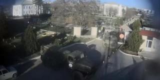 Ρωσικά τεθωρακισμένα εισέβαλαν σε ουκρανική βάση