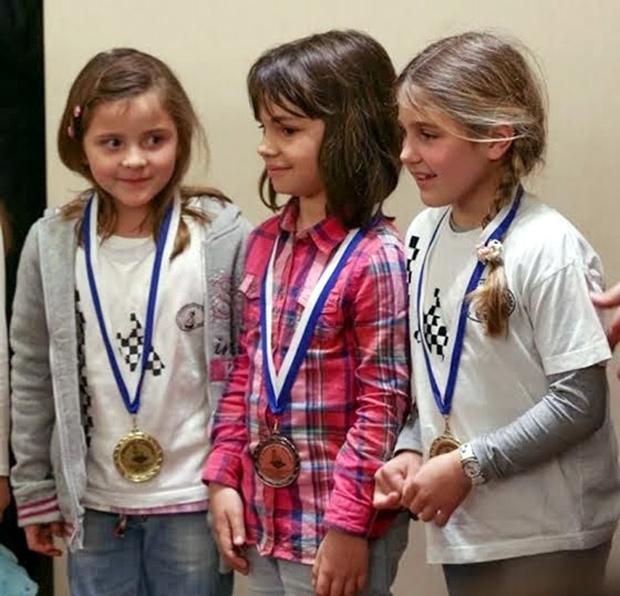 Μετάλλια για τα παιδιά της Κεφαλονιάς