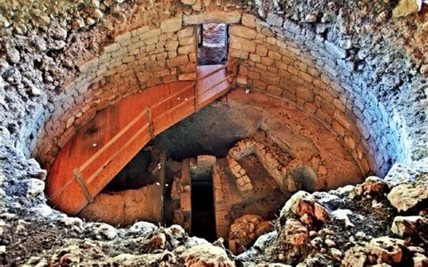 Ο θολωτός τάφος στα Τζαννάτα