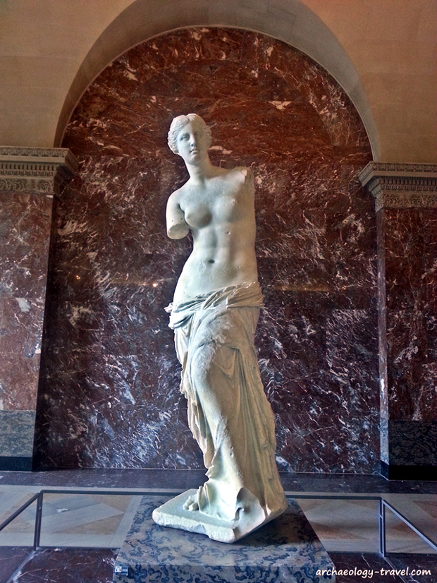 The Venus de Milo/Aphrodite of Milos, in the Louvre Museum.