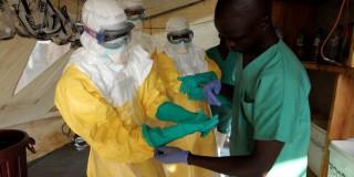 Παγκόσμια ανησυχία για τον ιό Έμπολα