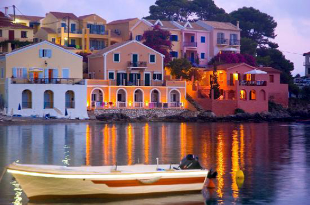 assos-by-night