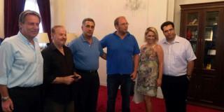 O Δήμαρχος Κεφαλονιάς τίμησε το Μουσικοσυνθέτη Γιάννη Σπανό