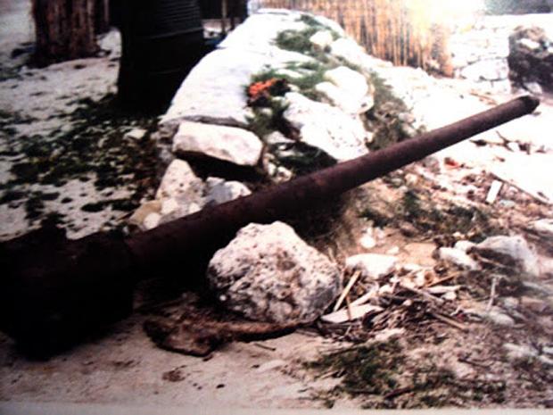 Κάννη γερμανικού πυροβόλου Pak 40 των 75 χιλιοστών στην παραλία της Αγίας Κυριακής (Ν. Τσελέντης)