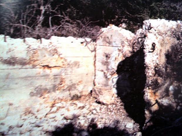 Είσοδος σε μια απο τις αποθήκες πυρομαχικών του πυροβόλου 3 των Γερμανών (Ν. Τσελέντης)