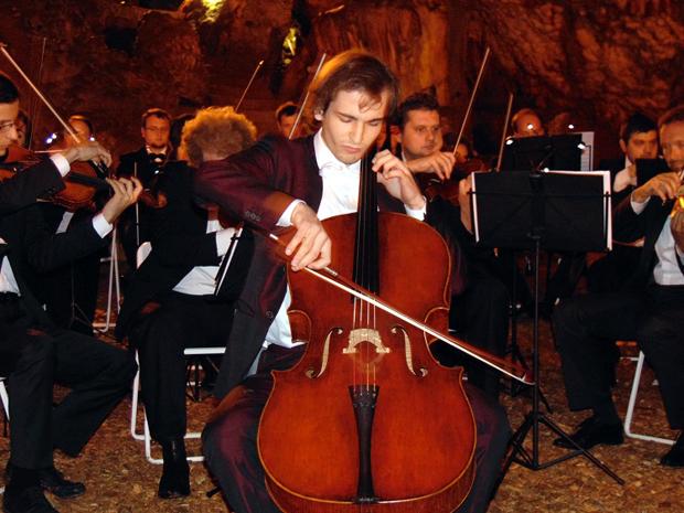 Μία μοναδική Συναυλία στο Σπήλαιο Δρογκαράτης