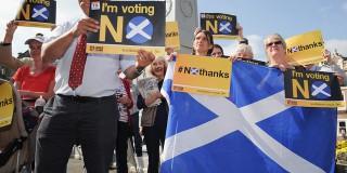 """Οι Σκωτσέζοι ψήφισαν """"Όχι"""" στην ανεξαρτησία"""