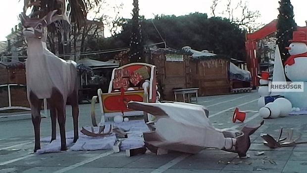 Ζημιές στο Χριστουγεννιάτικο χωριό
