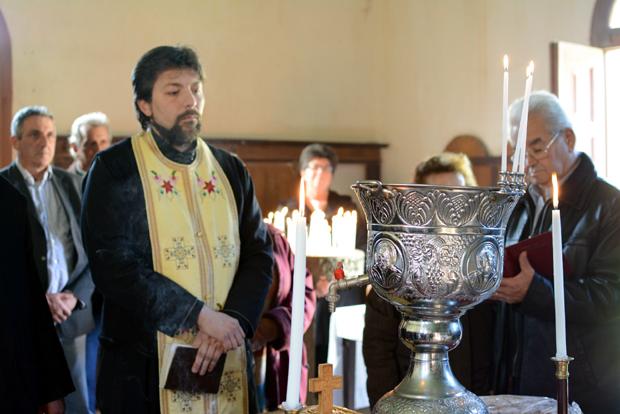 Αγιασμός στην Αγία Παρασκευή Ταφιού Κηπουραίων