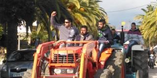 Aγρότες, κτηνοτρόφοι και φορτηγατζήδες στους δρόμους του Αργοστολιού