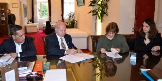 Υπεγράφη η σύμβαση για την οδό Παναγή Βαλλιάνου