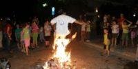 «Χορεύοντας στις φωτιές του Αϊ Γιάννη»