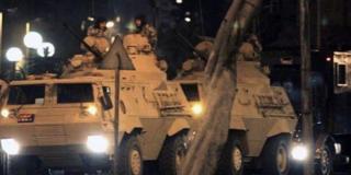 Πραξικόπημα στην Τουρκία, άρματα στους δρόμους
